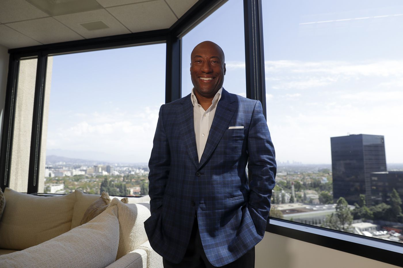 'Break up' Comcast, says congressman as cable giant fights Byron Allen over alleged discrimination