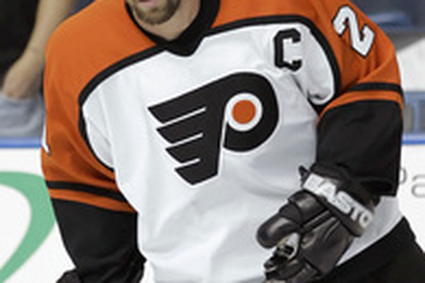 Sam Donnellon: Maybe Howard should play for Flyers