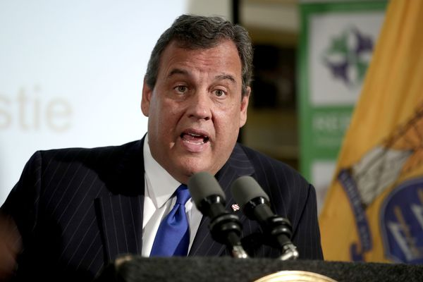 Chris Christie, in new book, blasts Bridgegate prosecutor as Hillary Clinton supporter