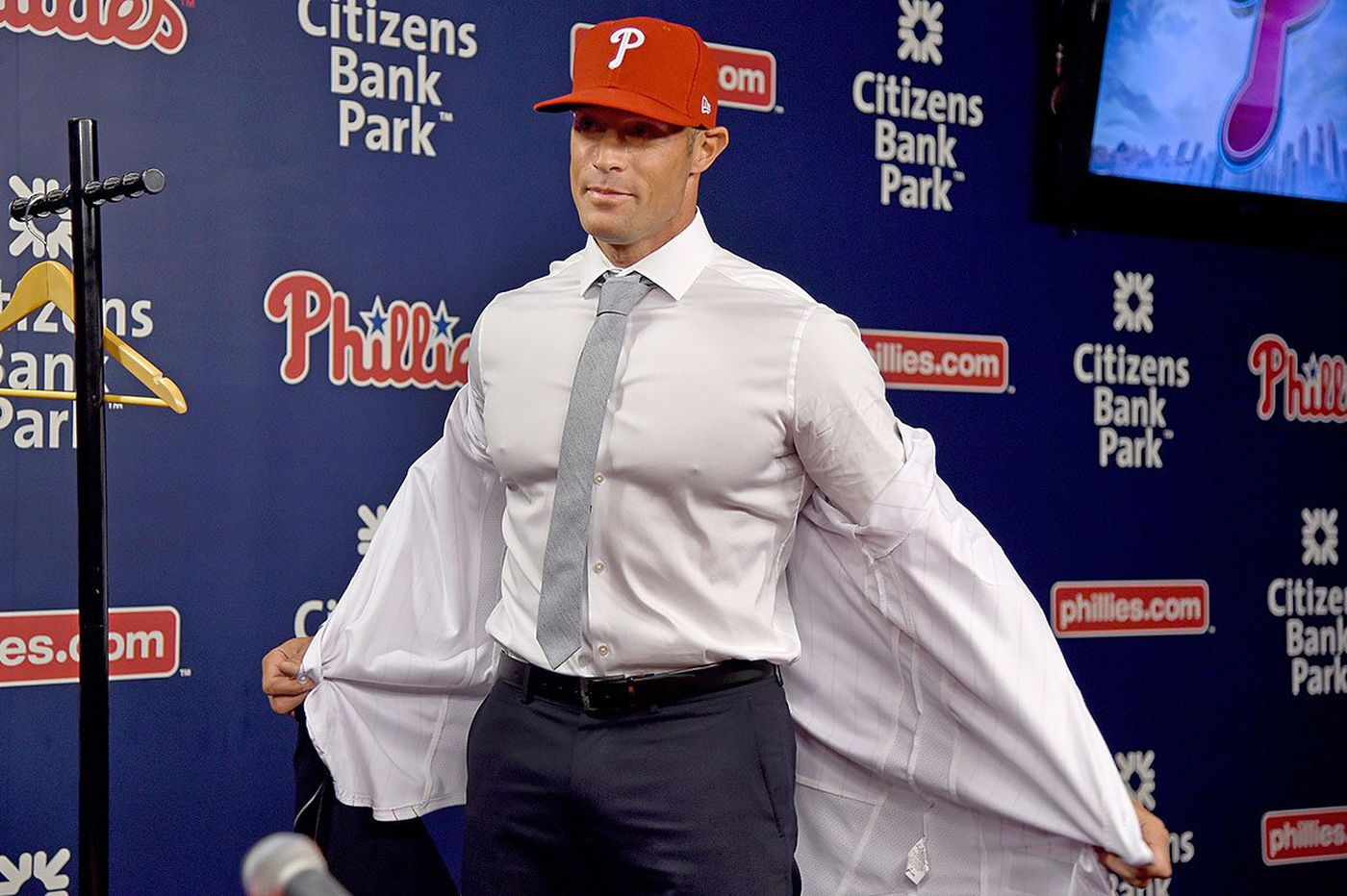 Gabe Kapler, Phillies manager, becomes face of ambitious change