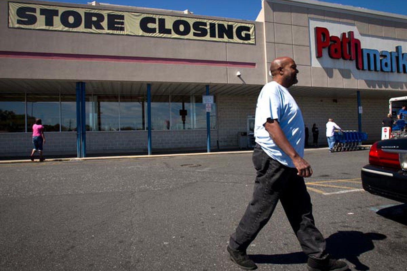 As Pathmark shuts, Camden loses its last supermarket