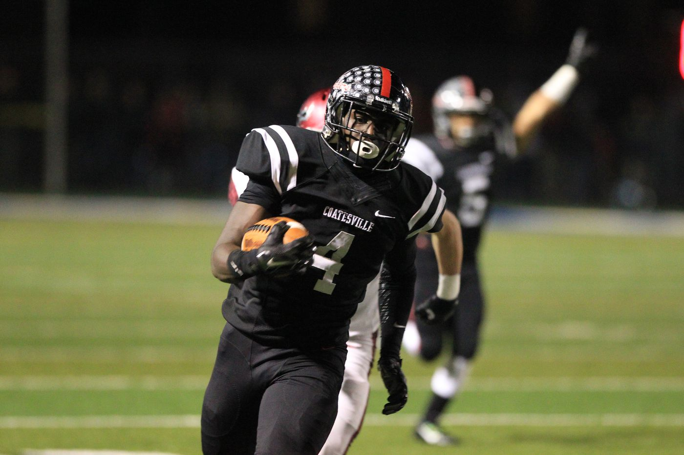 Friday's Southeastern Pa. football playoffs roundup: Radnor beats Marple Newtown in final seconds