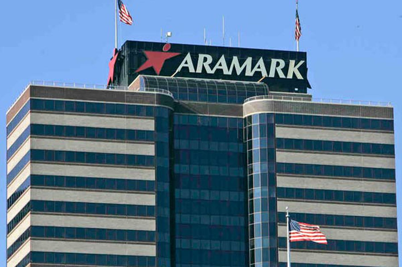 S&P boosts Aramark ratings; shares up 19% since IPO