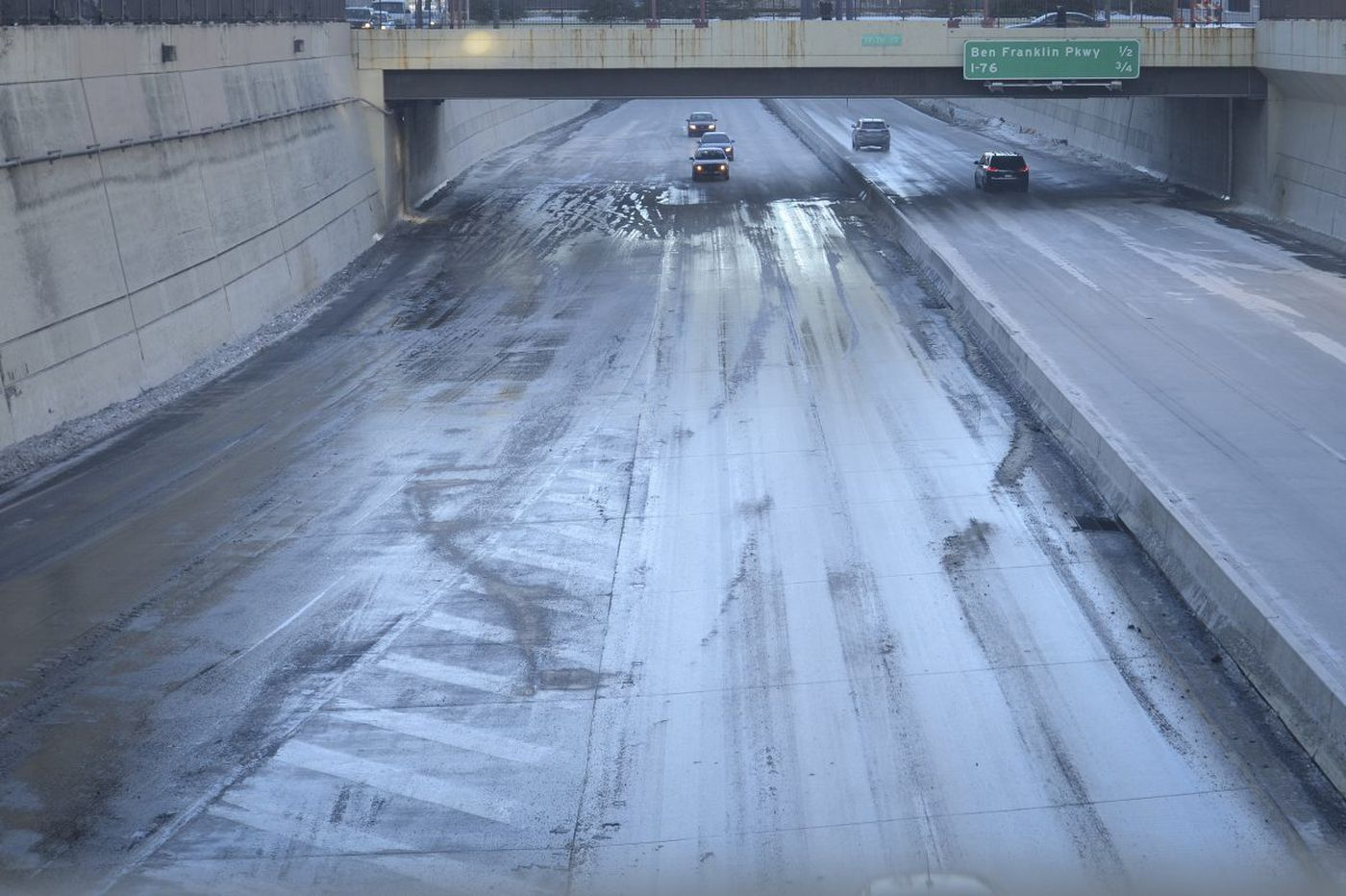 Crisis averted: Vine Street Expressway reopened after water main break