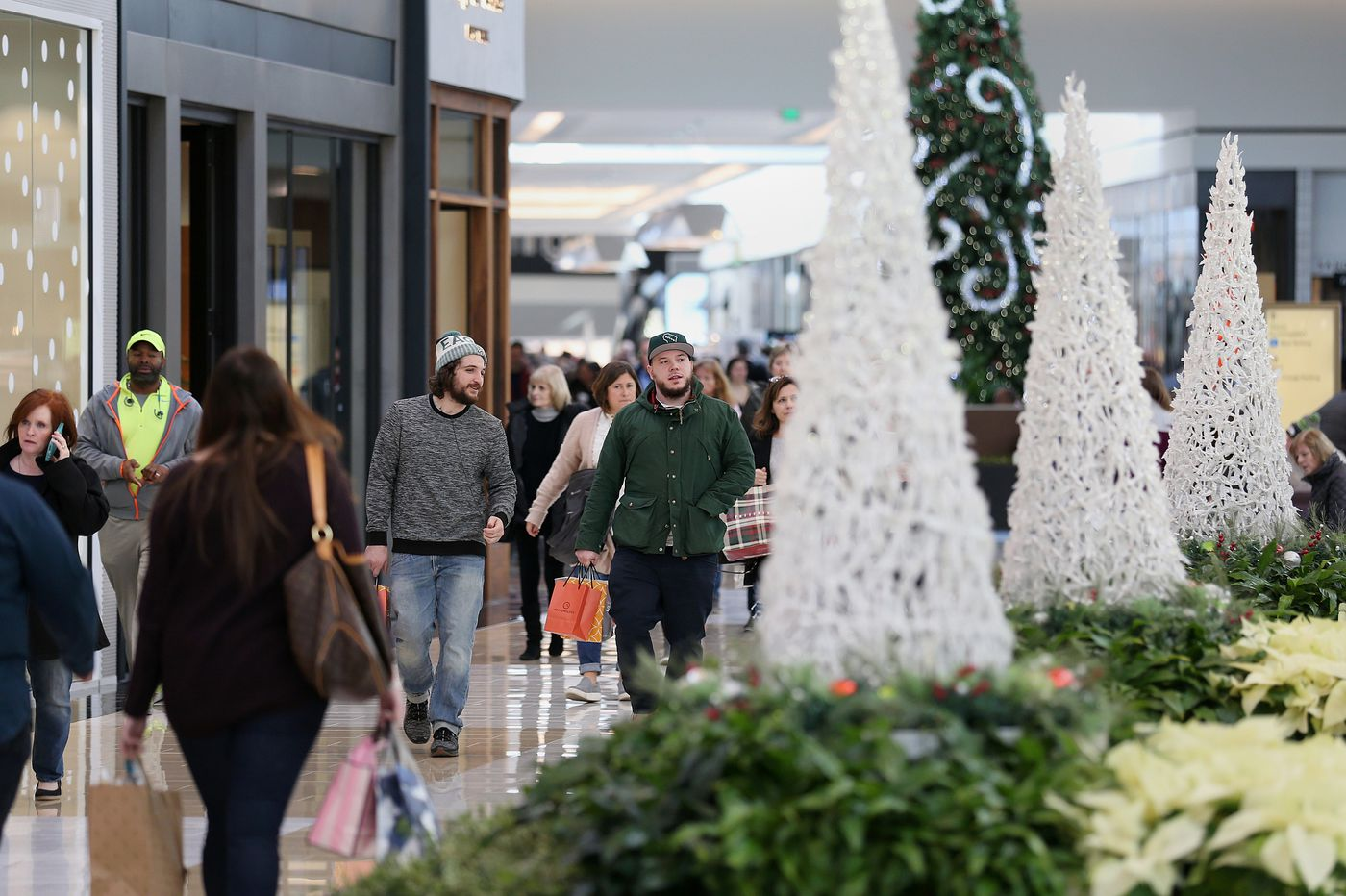 Top tips for holiday shopping savings