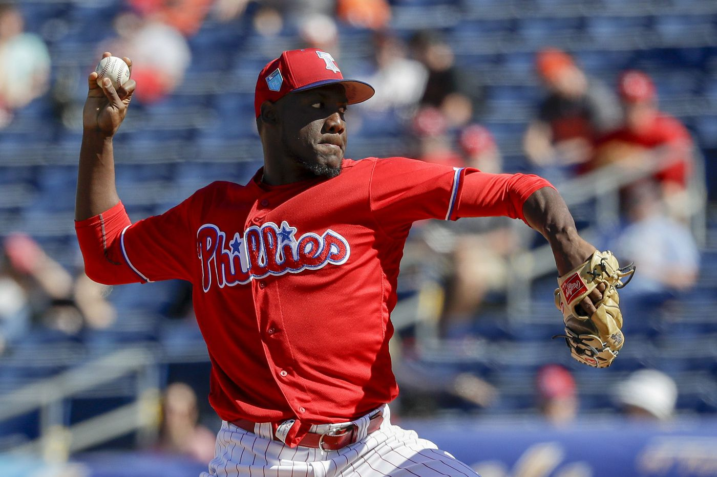 Phillies prospect Enyel De Los Santos could take the mound in the majors sooner than expected