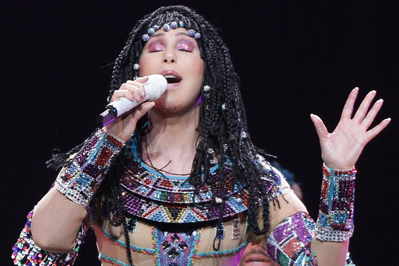 Cher stuns at the Borgata in first of two shows