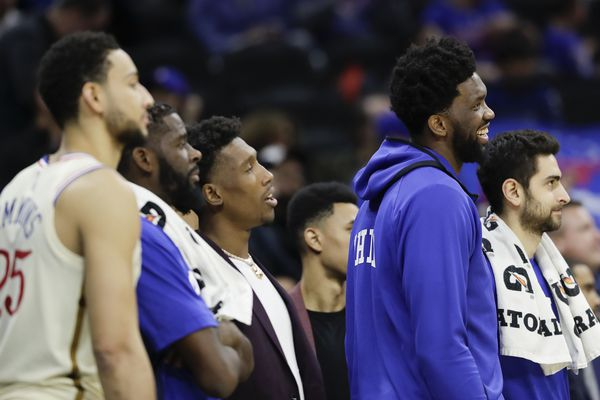 Sixers' Joel Embiid out of game vs. Pacers with left knee soreness