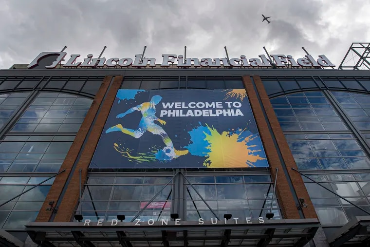 International soccer officials visited Lincoln Financial Field last week as they consider bringing the World Cup to the city in 2026.