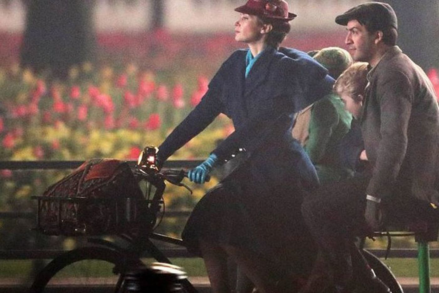 Let's be Blunt: Fans are stoked for 'Mary Poppins Returns'