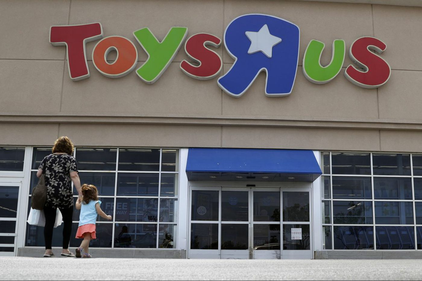 Toys 'R' Us to close 7 stores in Pa., 12 in N.J.