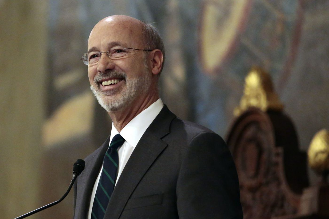 Gov. Wolf calls for independent commission to draw Pa. electoral maps