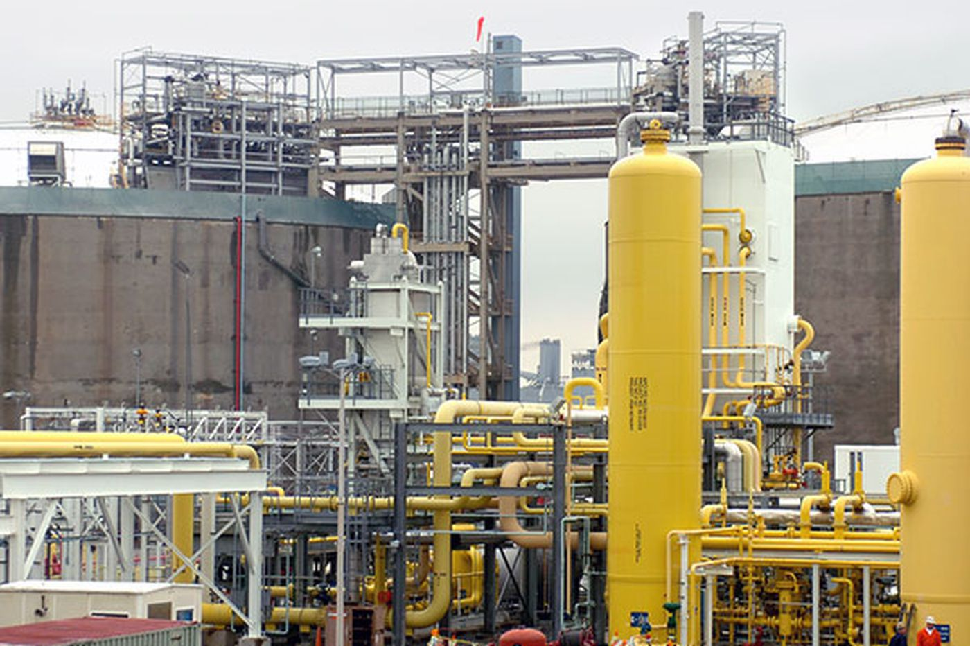 Phila. again ponders allure of liquefied natural gas