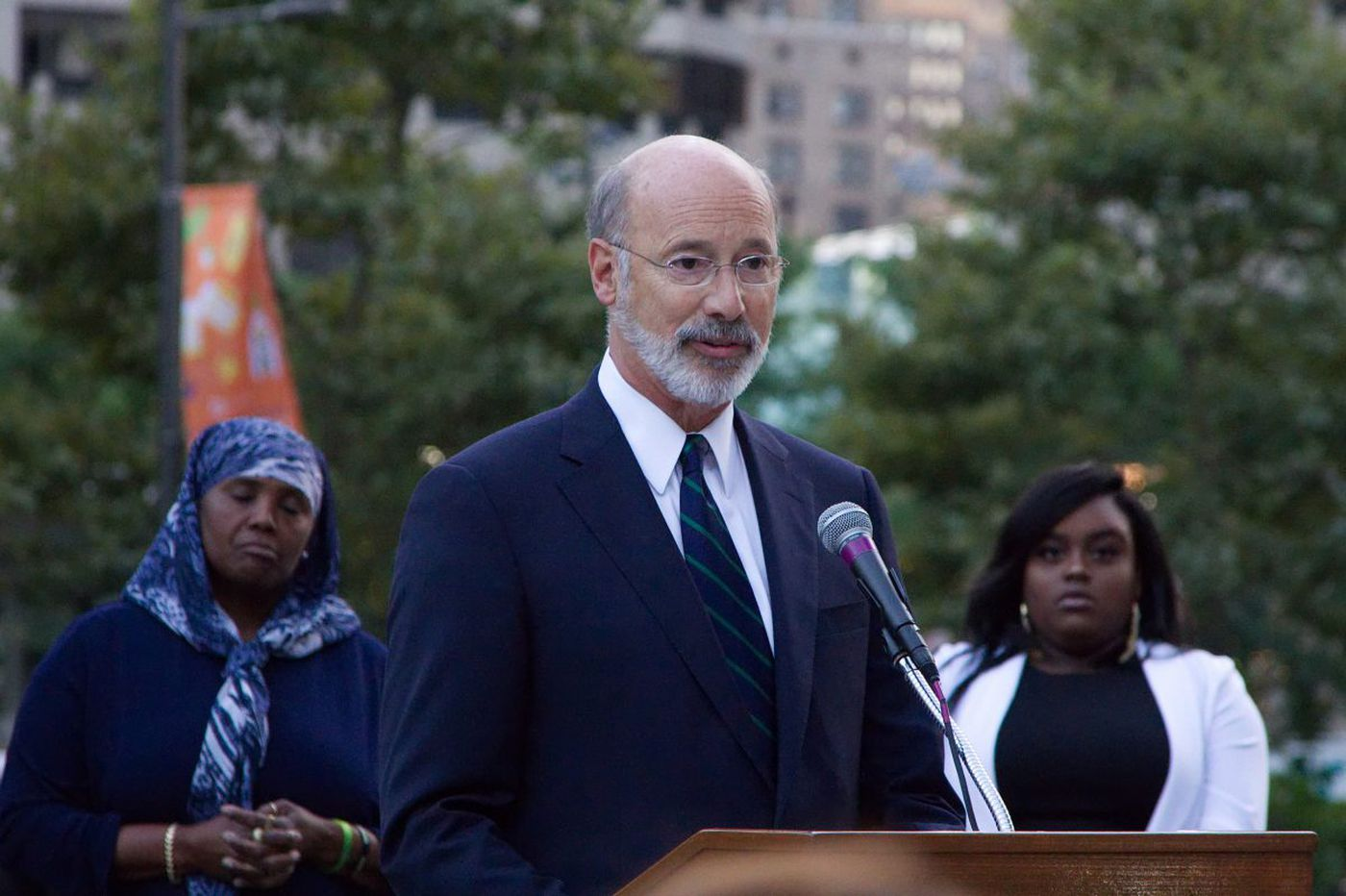 New Pa. poll finds positive signs for Gov. Wolf, Democratic U.S. House candidates