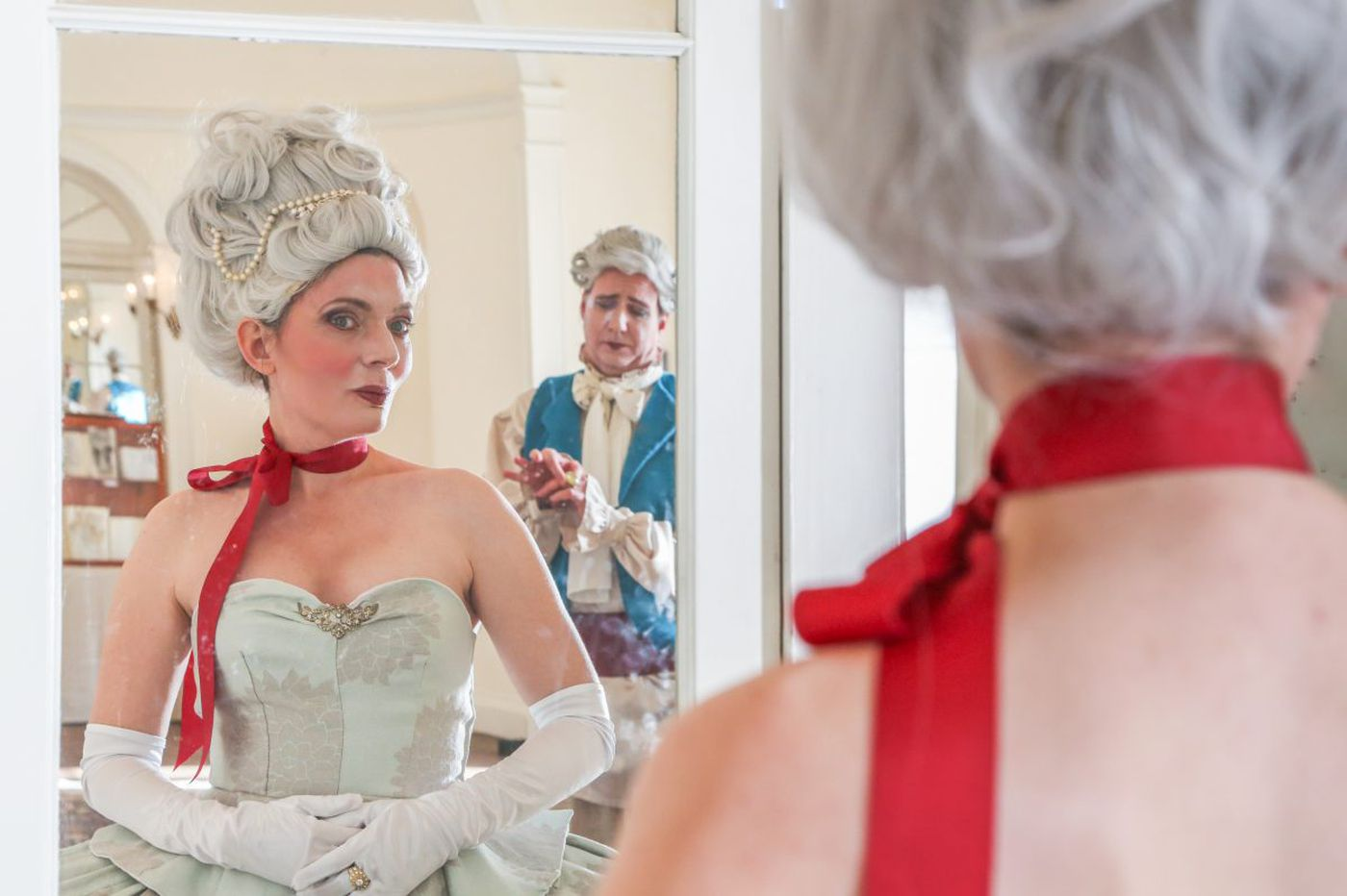 Curio Theatre Co.'s 'Marie Antoinette' is energetic but emotionally lacking