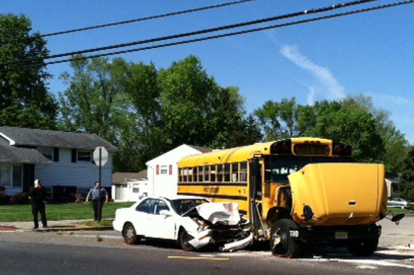 8 hurt in school-bus crash in Burlington Twp.