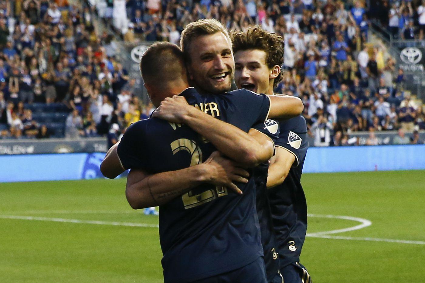 Kacper Przybylko, Brenden Aaronson lead Union to 3-1 win over D.C. United