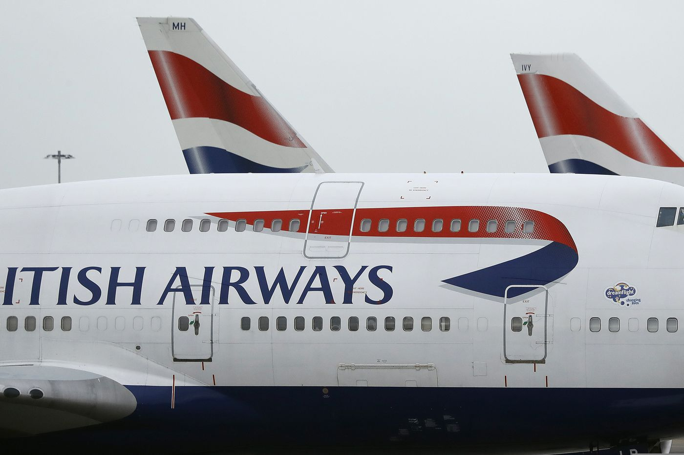 Two airlines cancel flights to Cairo after Britain warns of 'heightened risk of terrorism'