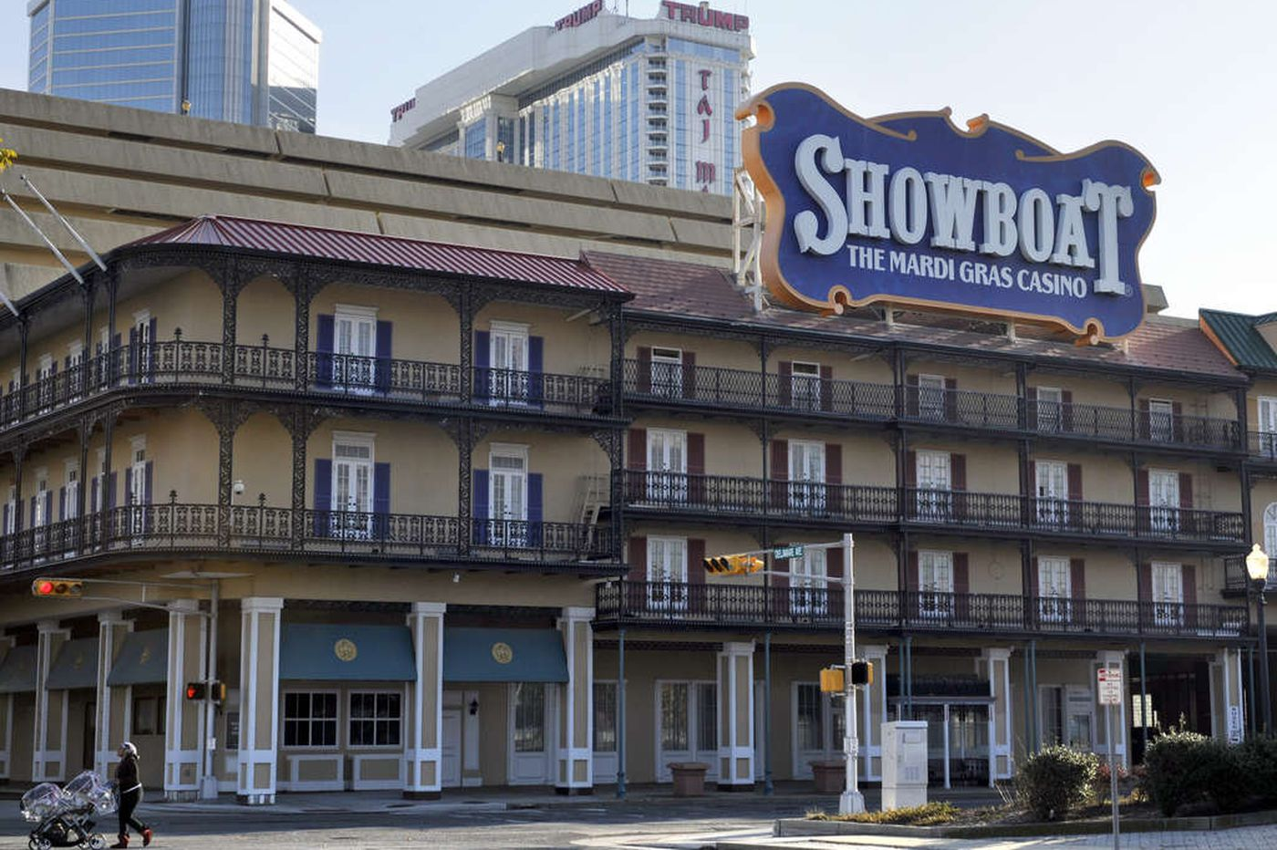 Straub, Stockton try to get out of Showboat deal