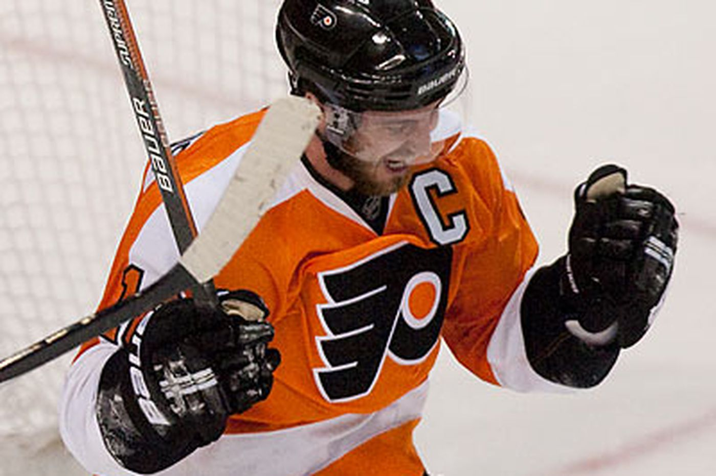 Rich Hofmann: Richards rises to occasion as Flyers leader