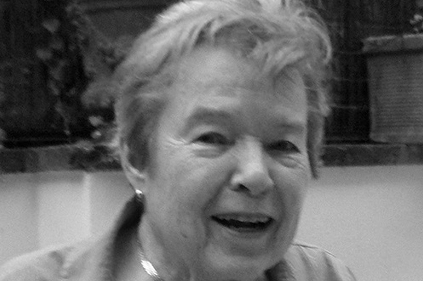 Joan B. Stuart, 90, Montgomery County lawyer and a founder of Laurel House