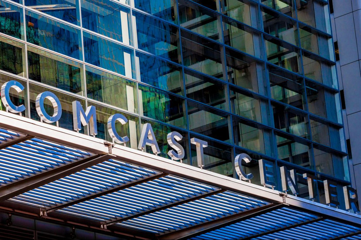 Comcast employees win big with $100M in bonuses with Republican tax plan