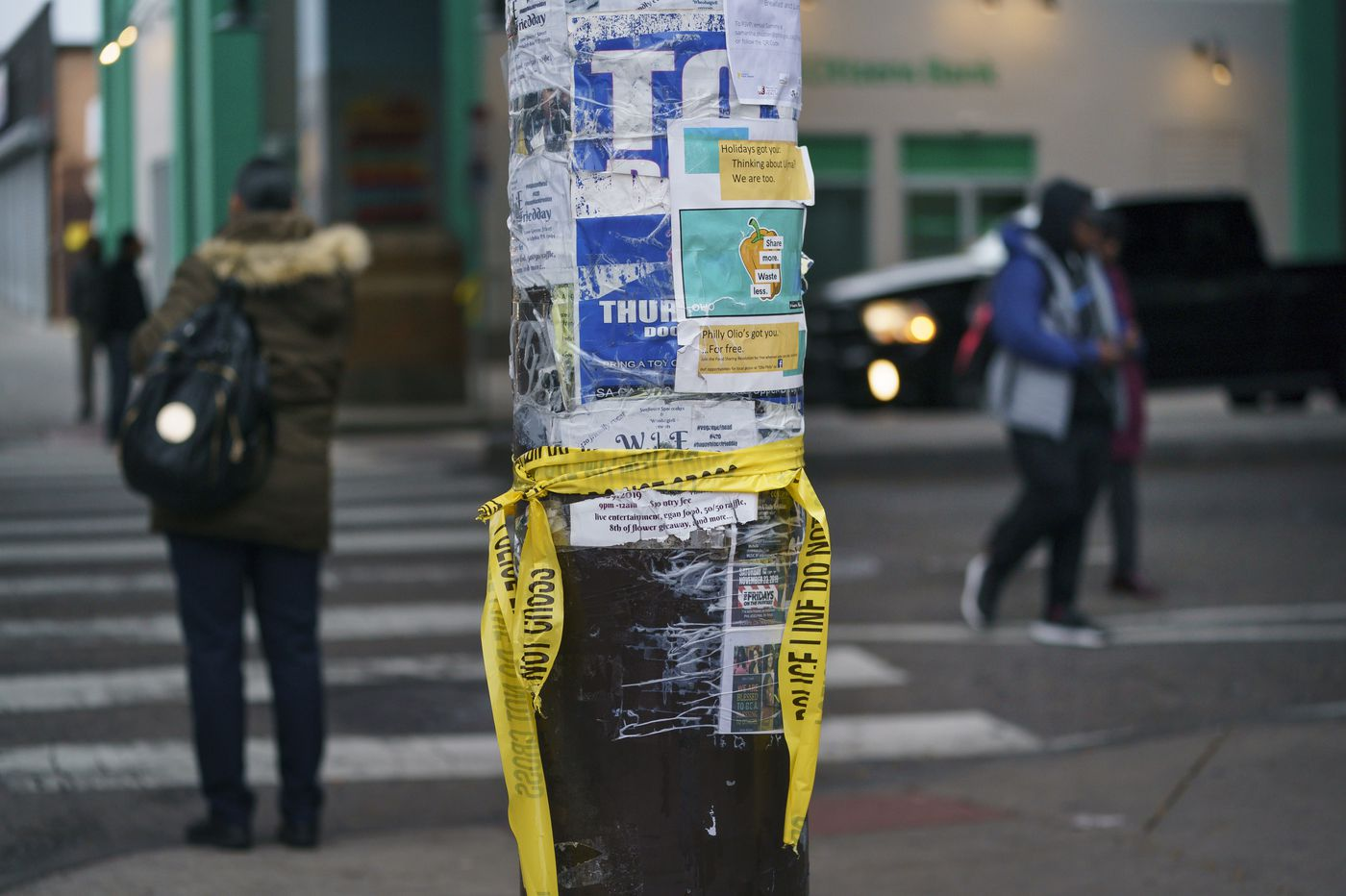 Philly triple shooting leaves 2 men critically wounded