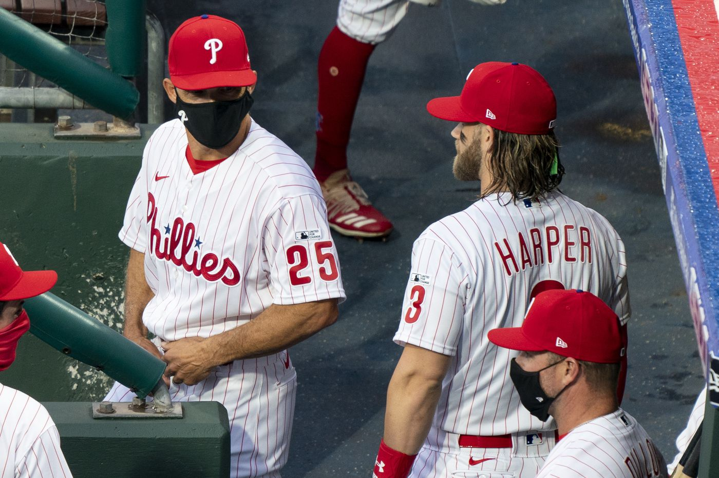 Bryce Harper marked Phillies manager Joe Girardi's 1,000th career win with an emotional speech | Extra Innings
