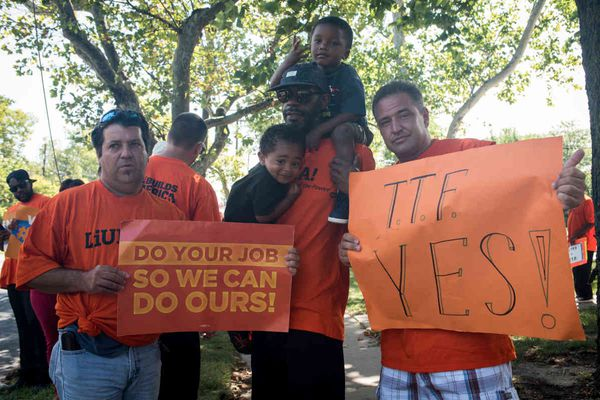 Out-of-work Laborers beg Trenton to agree on transportation funding