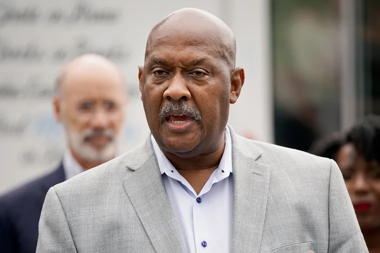 U.S. Rep. Dwight Evans (D., Philadelphia) wrote letters to Mayor Jim Kenney and President Joe Biden last month to help draw attention to the city's ongoing gun crisis.
