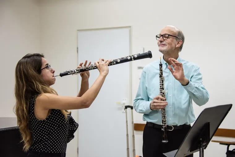 Philadelphia Orchestra principal oboist Richard Woodhams teaching a master class at Tel Aviv's Buchmann-Mehta School of Music during the orchestra's 2018 tour of Israel.