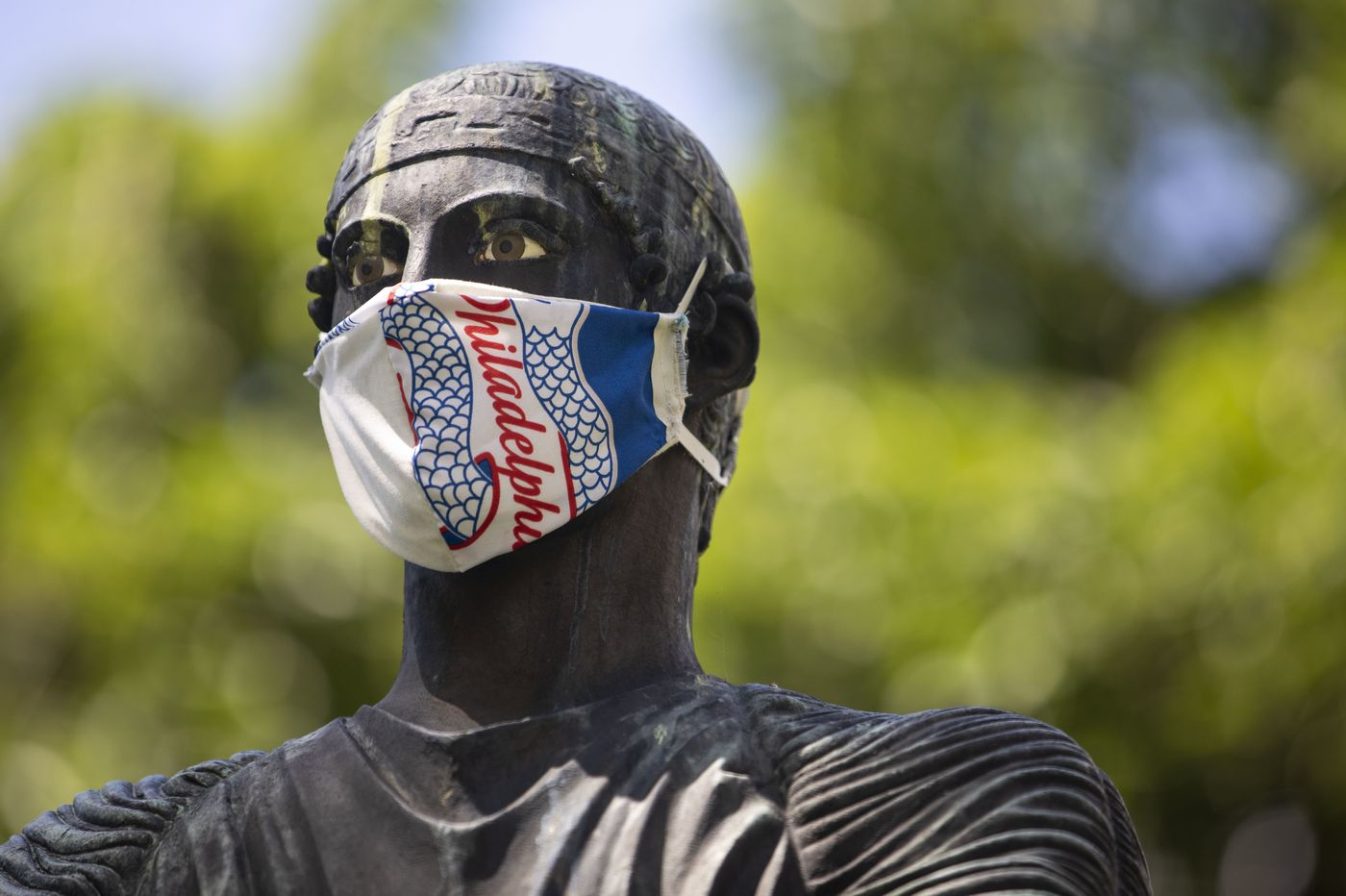 Philly requires masks as city sees increase in new coronavirus cases