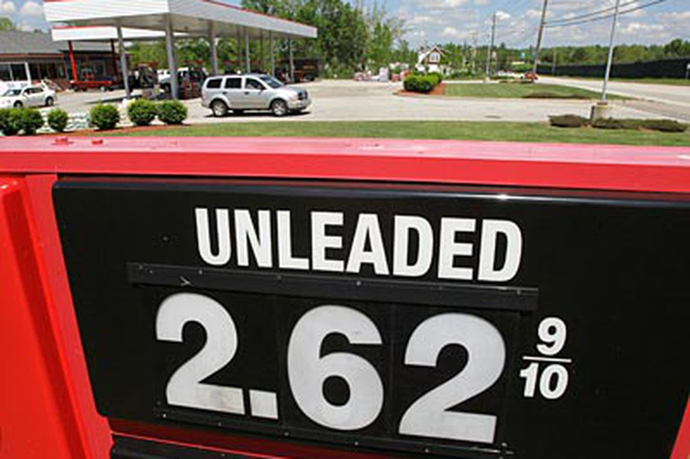 Pa. lawmakers urged to solve crisis by raising gas tax
