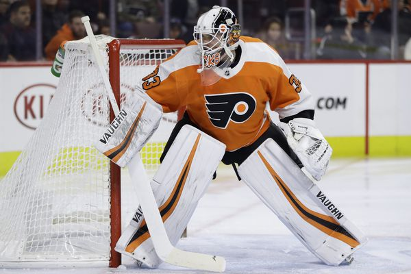 Flyers' goalie-go-round impedes team from taking next step in growth