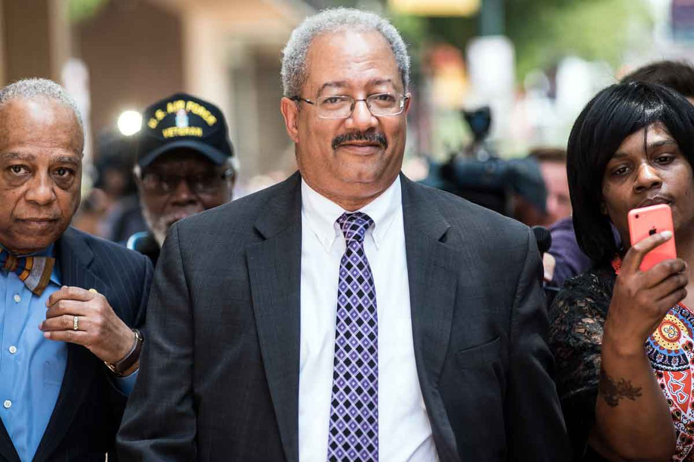 Fattah challenges conviction, citing Va. governor's case