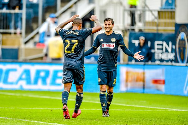 Union's Jay Simpson is MLS Player of the Week; JP Dellacamera going to Soccer Hall of Fame