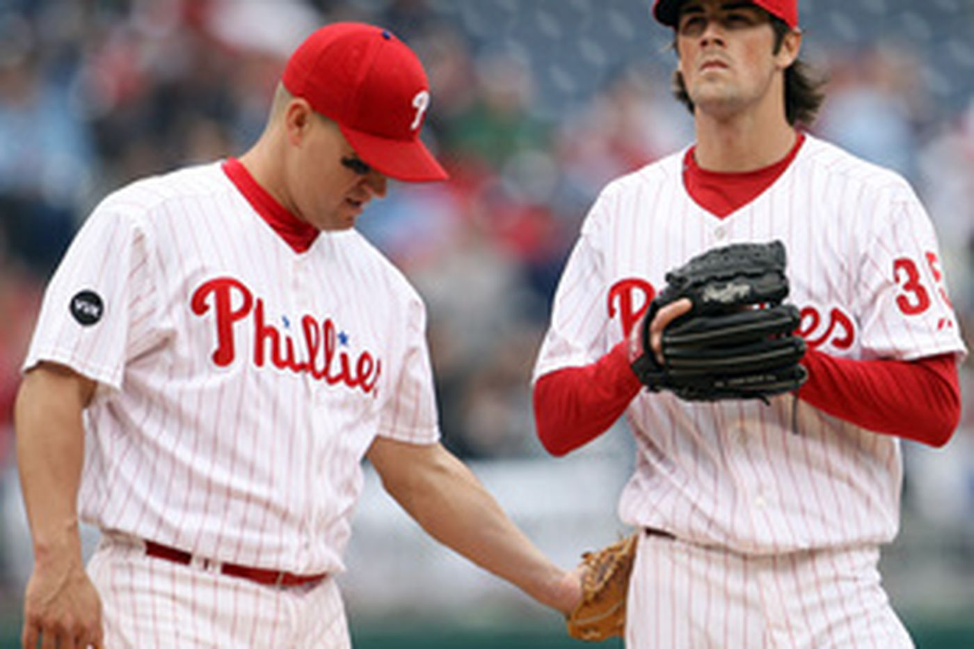 Hamels, Phillies can't deliver sweep