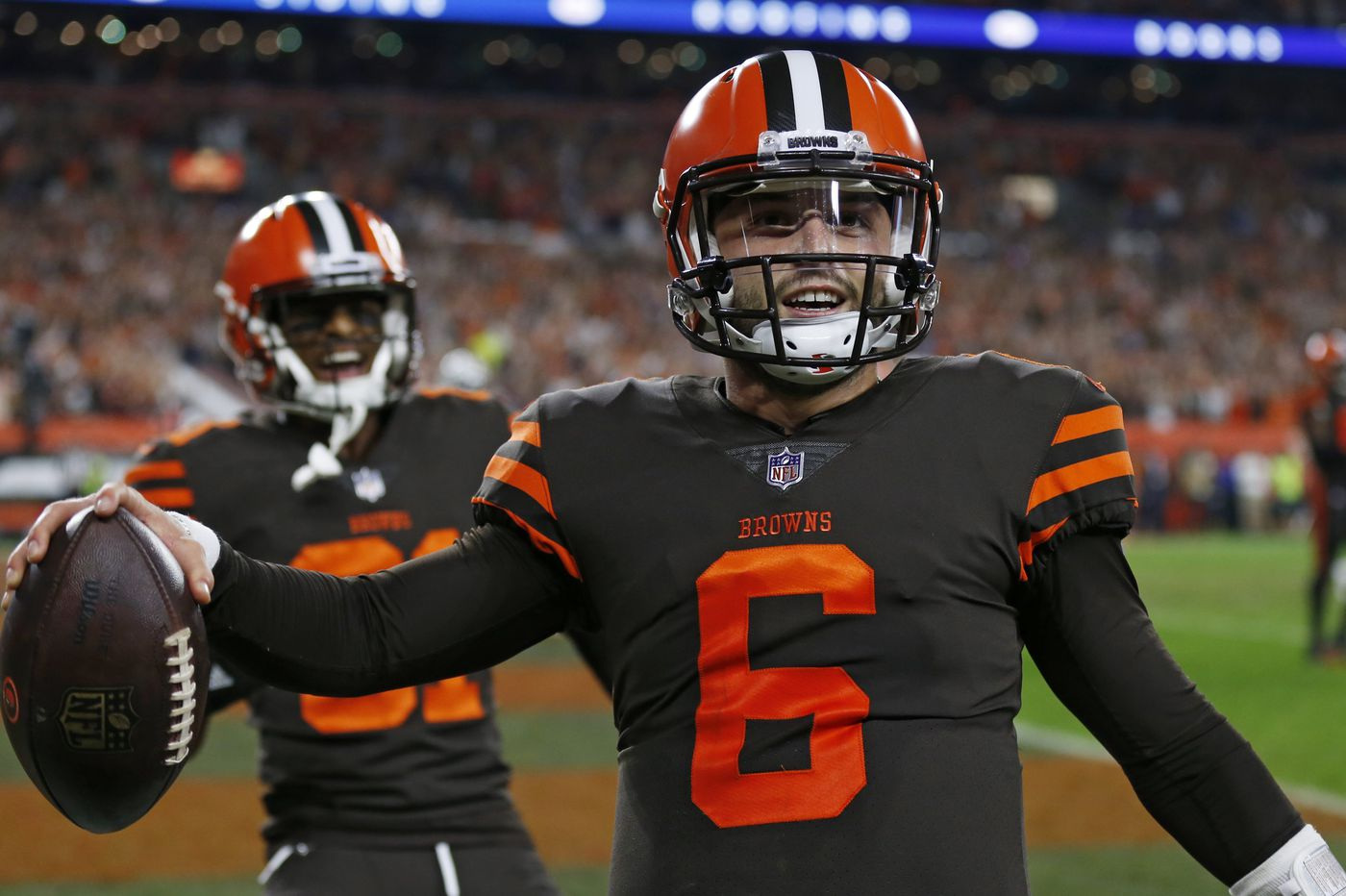 Video: Browns, Baker Mayfield do their best 'Philly Special' impression in 'Thursday Night Football' win