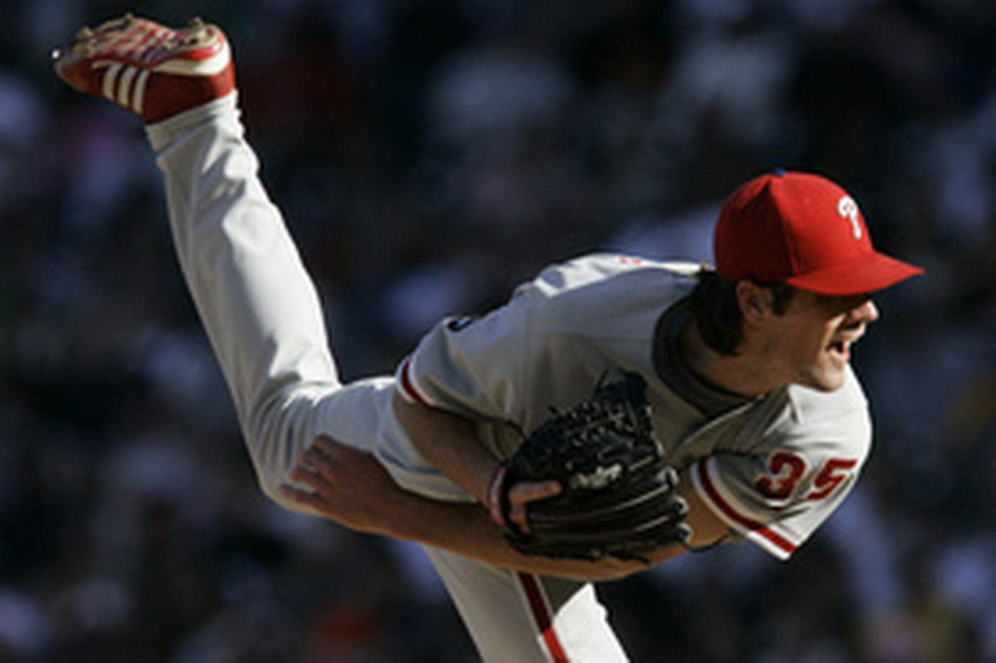 Hamels wins battle of young phenoms
