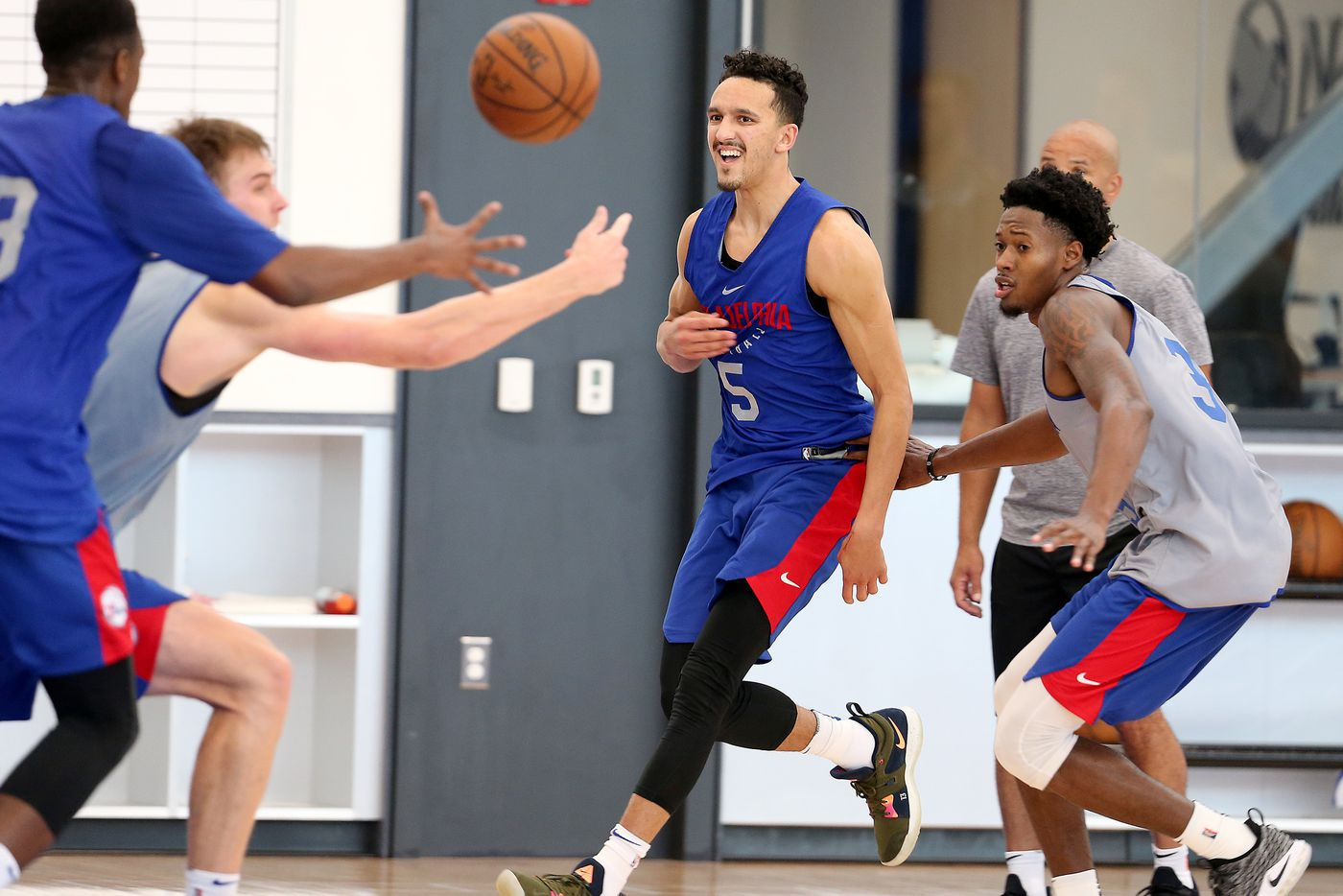 Landry Shamet leaves first summer league game with sprained ankle