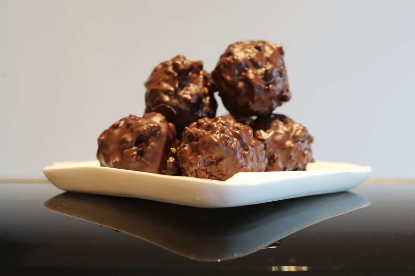Chocolate rochers with coconut and caramel