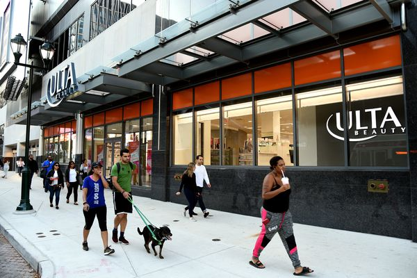 Fashion District's success requires Philadelphians to buy in | Editorial