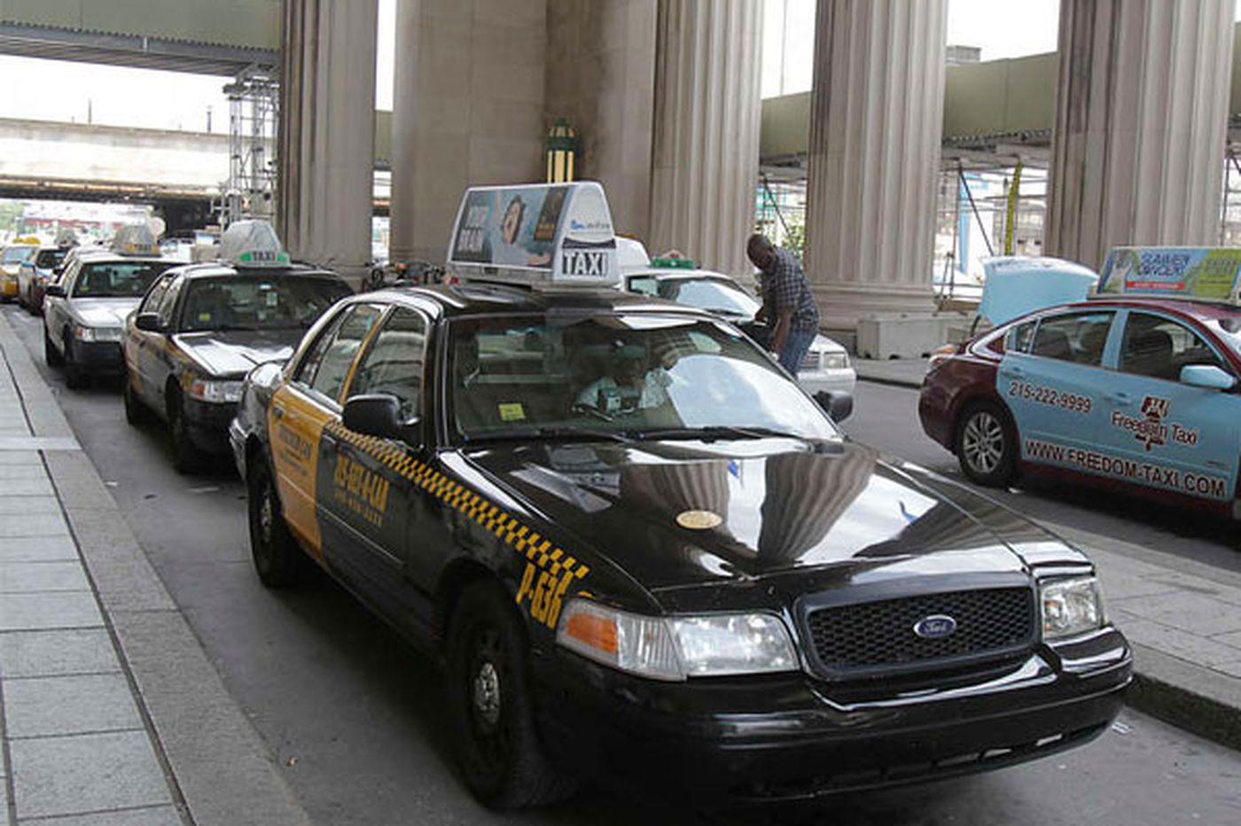 Temporary OK for ride-share firms in Pittsburgh; cameras for Philly cabs