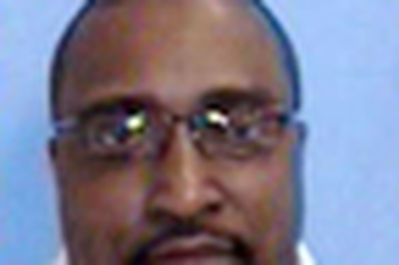 Former police chief gets jail for theft