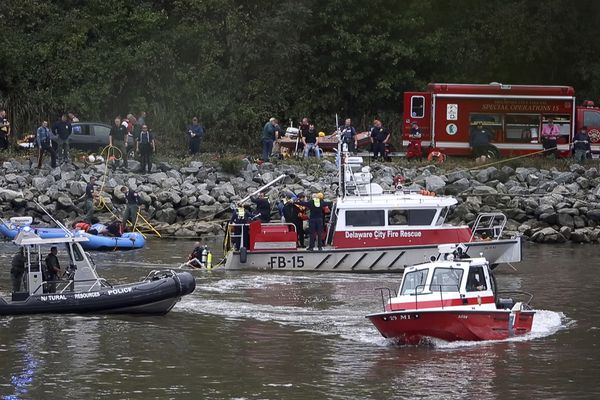 Search resumes for boy, 6, in crash into Delaware canal that claimed lives of 3 family members