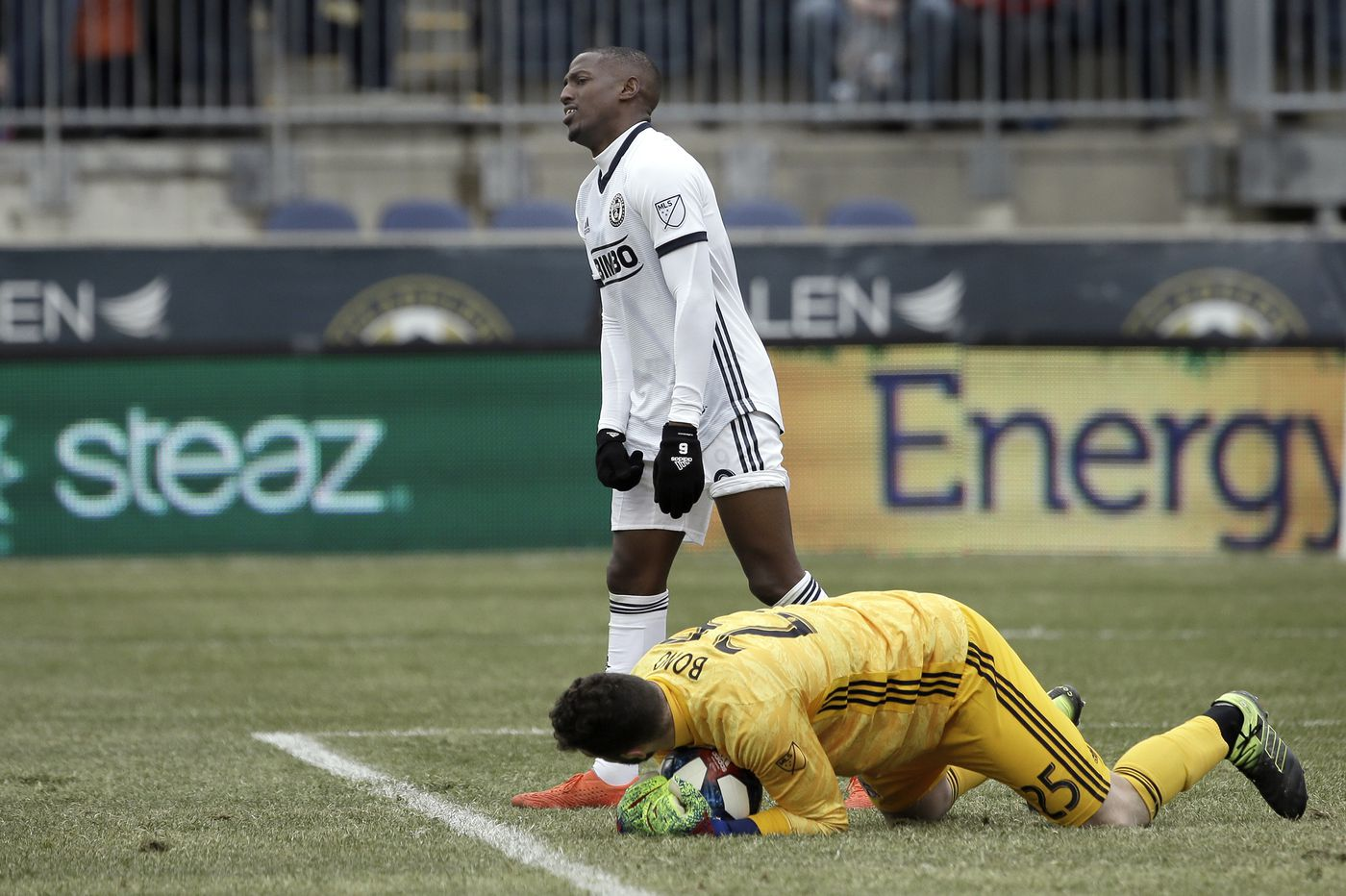 Michael Bradley goals down disappointing Union in 3-1 loss to Toronto FC