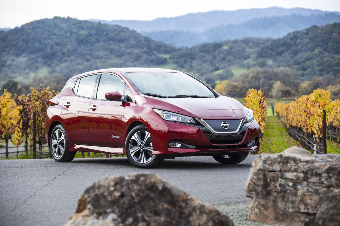2018 Nissan Leaf could be a fun choice — if it fits your lifestyle   Scott Sturgis