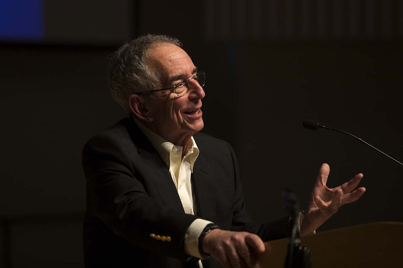 Swarthmore colleagues, students choose to honor an expert on choices