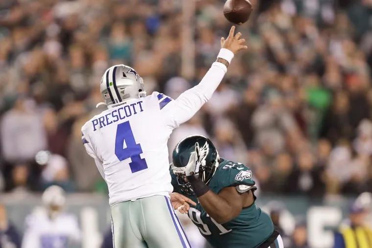 Fletcher Cox and the Eagles will face Dak Prescott and the Cowboys Monday night in Arlington.