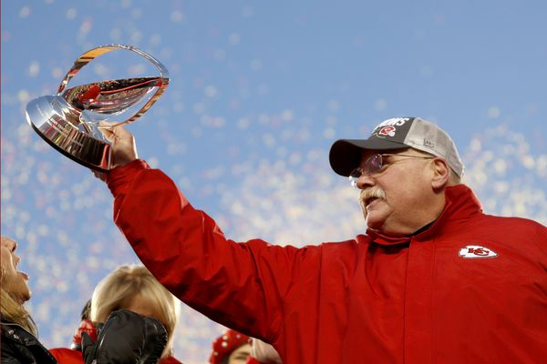 Andy Reid is a great coach, whether he gets his Super Bowl win or not, and every Eagles fan should give him his due | Mike Sielski